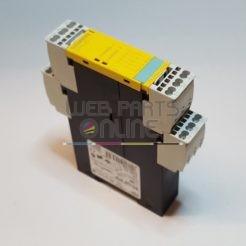 Siemens Sirius 3TK2830-2CB30 Safety RelaySiemens Sirius 3TK2830-2CB30 Safety Relay